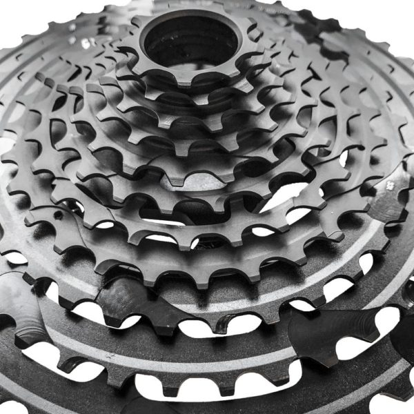 e*13 TRS+ Cassette 9T-46T (11 speed) / KMC Chain